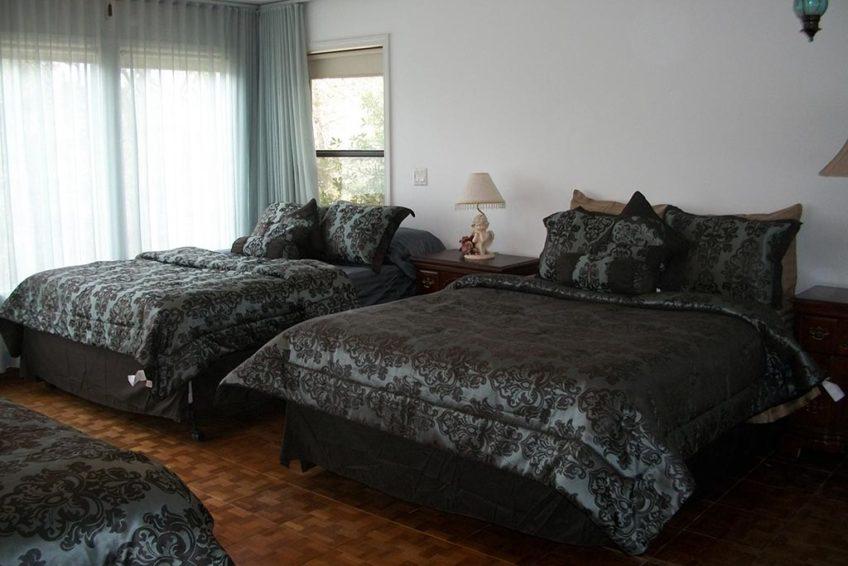 Master Has 3 Queen Beds (Main Floor)