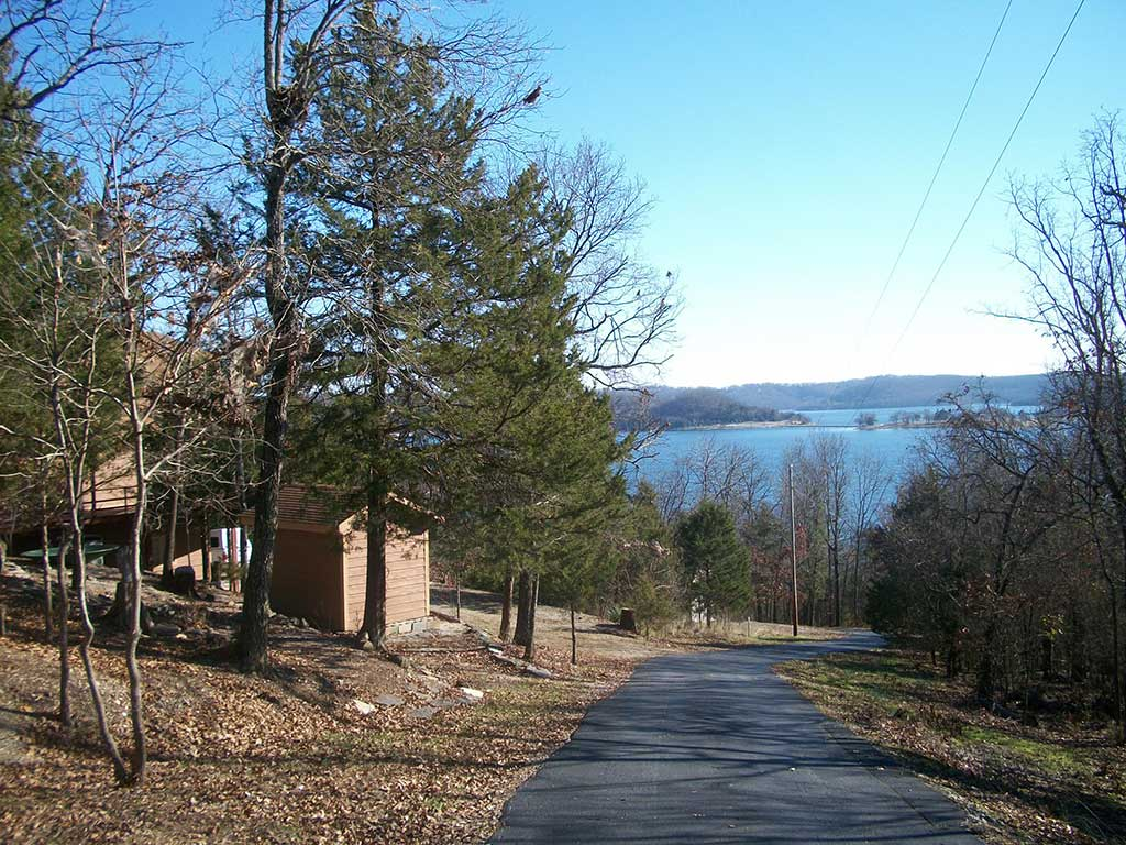 Beaver Lake Retreat Road Behind House