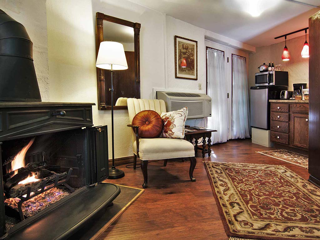 Clifside Suite Living Room Fireplace