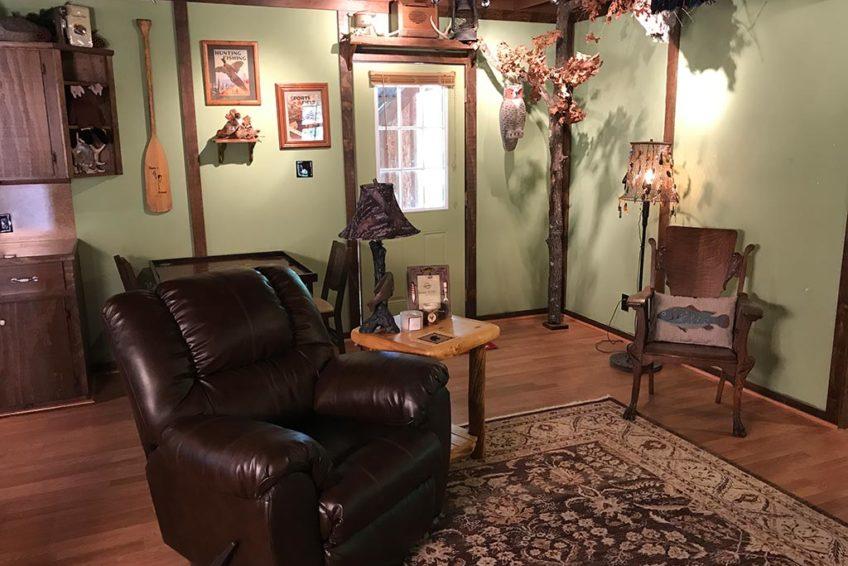 Buck Ridge Cabin Living Room Entry