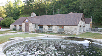 Eureka springs vacation visitors guide events for Roaring river fish hatchery