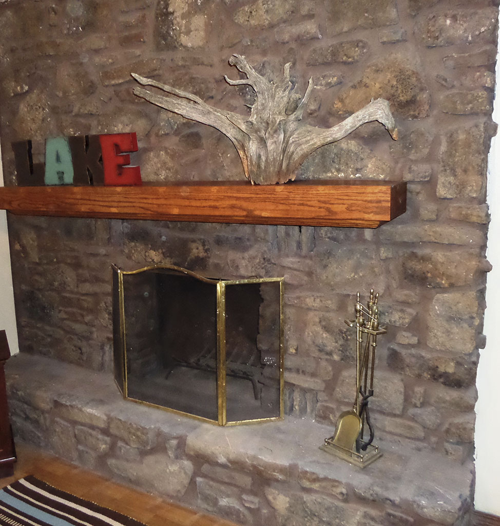 Ridgeview - Downstairs Fireplace