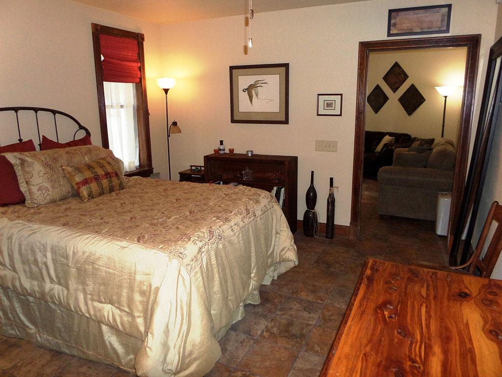 Bella Paradiso Condo 1 - Bedroom & Living Room