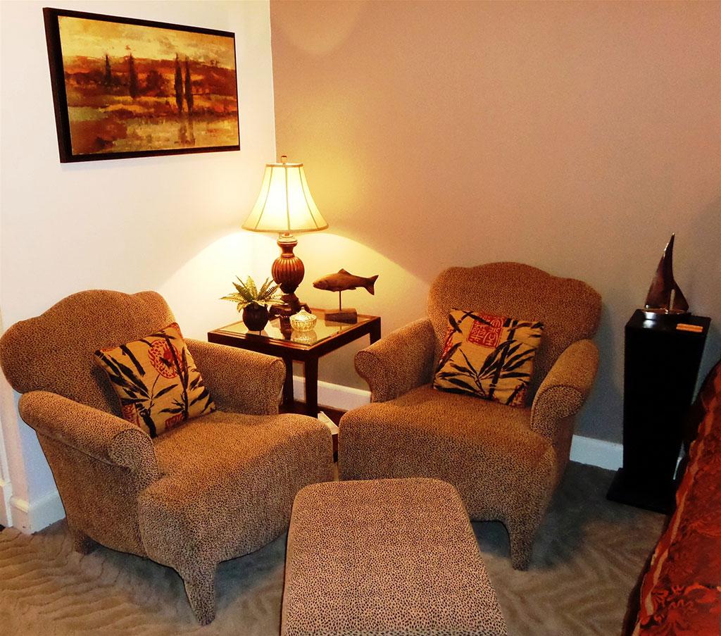 Bella Paradiso Condo 9 - Living Room Chairs