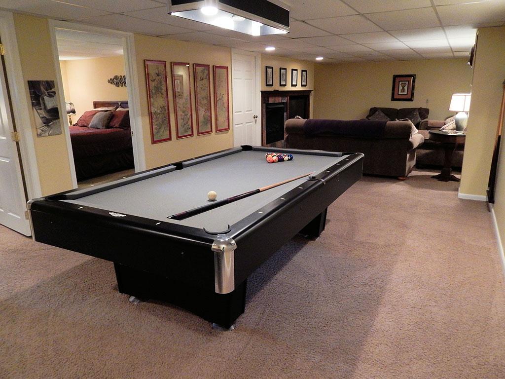 Hillspeak Retreat Pool Table