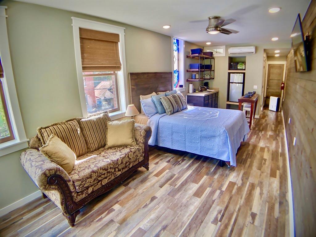 Park Place Suites (Lower Unit – A)