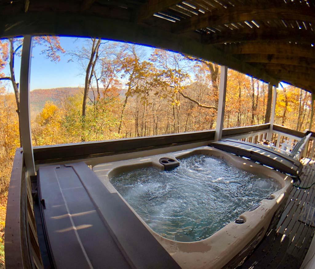 Jonathan's Retreat Hot Tub