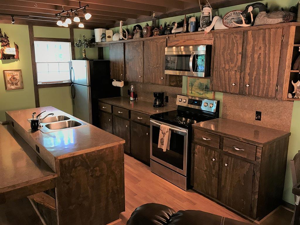 Buck Ridge Cabin Kitchen