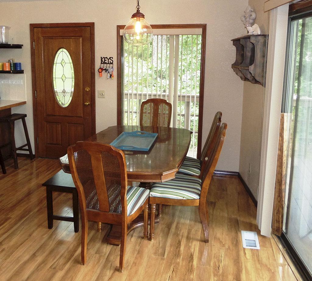 Ridgeview - Dining Table