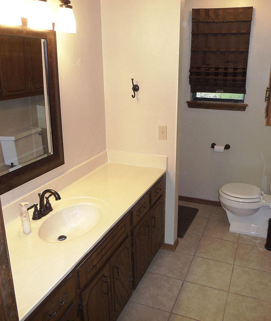 Ridgeview - Bathroom