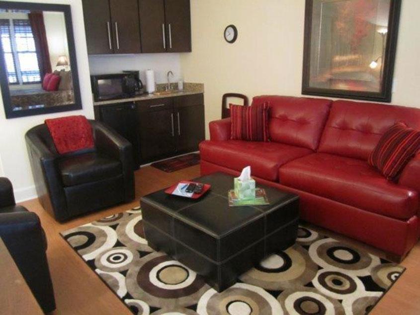 Bella Paradiso Condo 11 - Living Room & Kitchenette